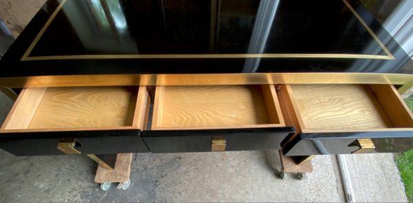 bureau tiroirs ouvert mahey