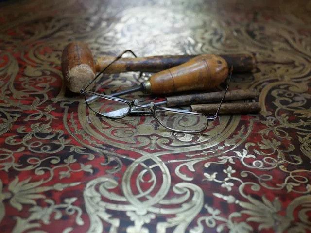 outils ébéniste cazeaux